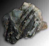Akvamarin Kristallisk och Svart Turmalinkluster
